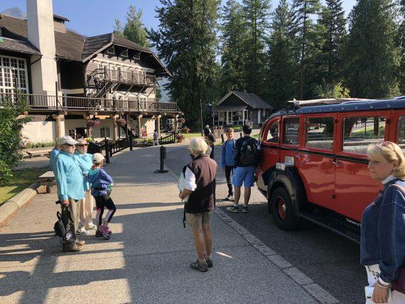 Glacier Red Bus Tours