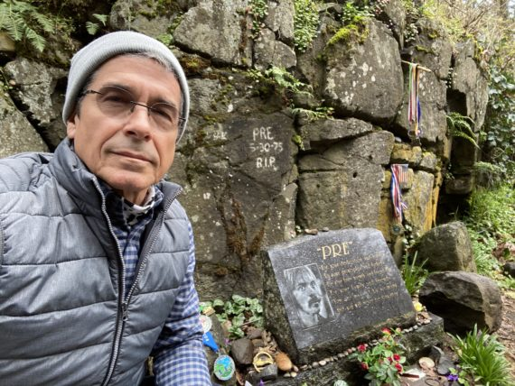 jeff noel at Steve Prefontaine's rock in Eugene