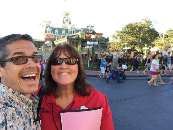 Disney Institute speaker Jeff Noel and  Disney Institute production assistant Cynthia Jensen
